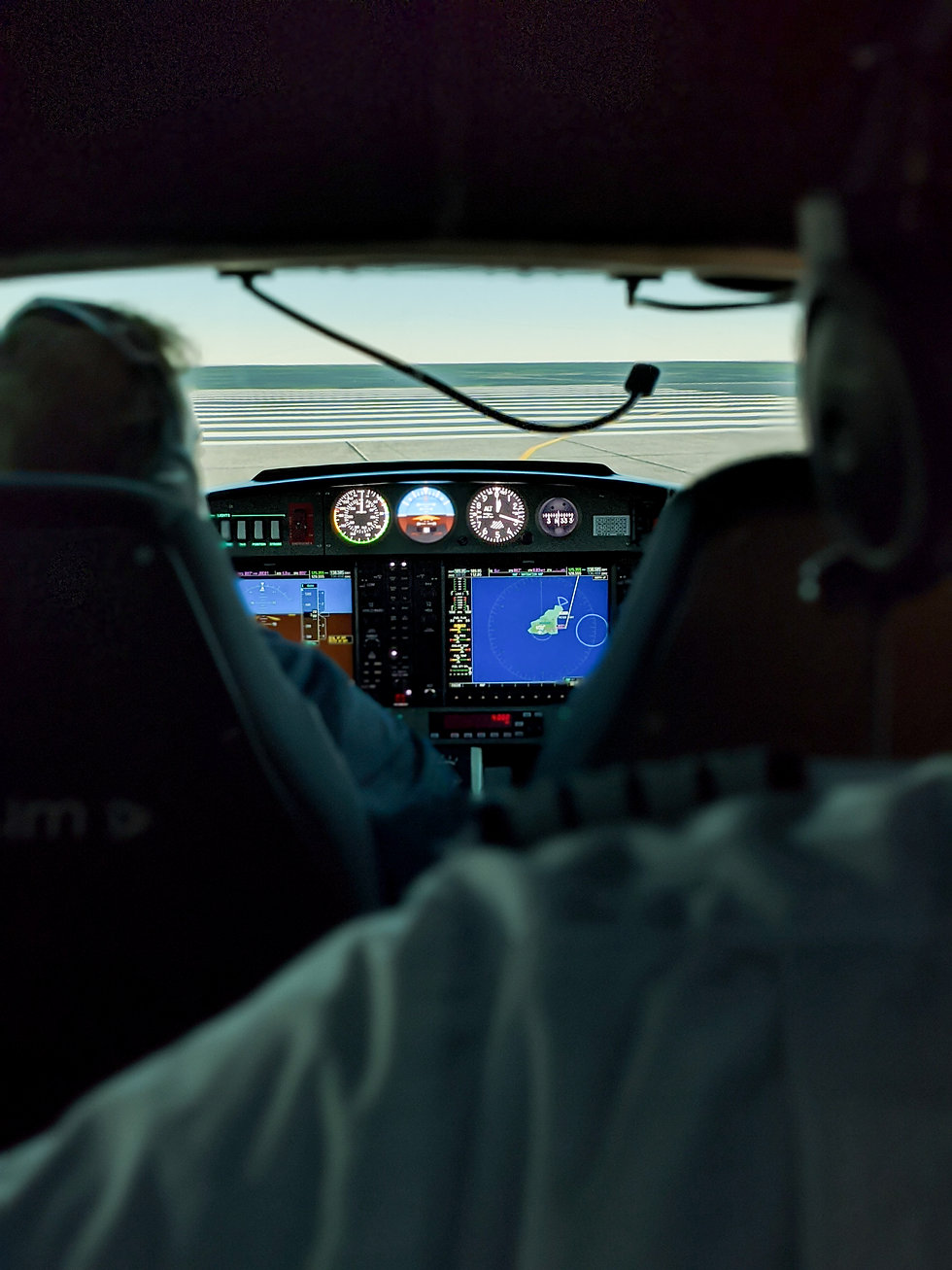 Commercial Pilot Licence at Aeros