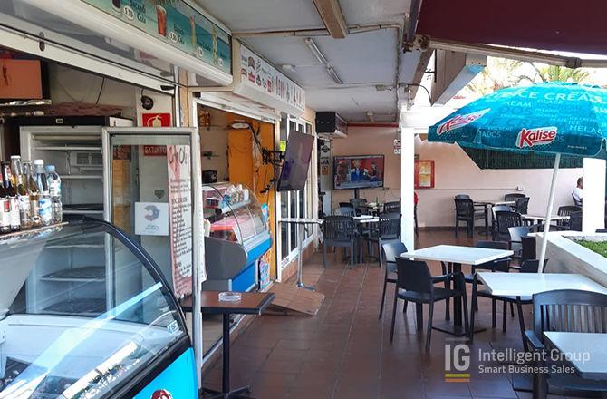 Cafe Bar in Playa De Las Américas