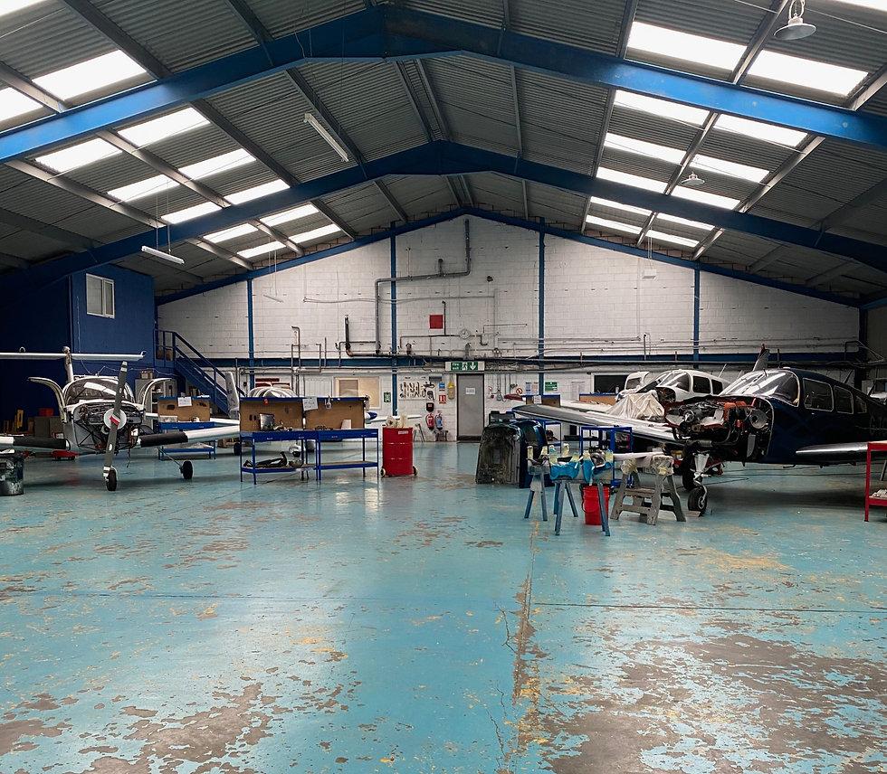 aeros engineering technician aeroplane aircraft