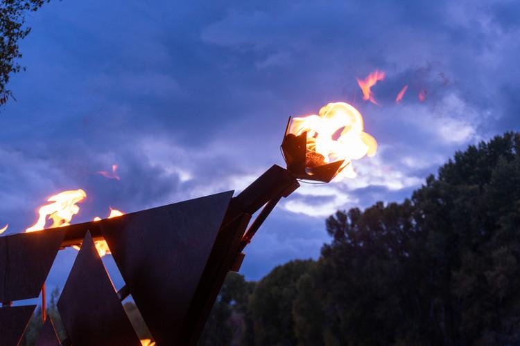 Fryangle's flower burners