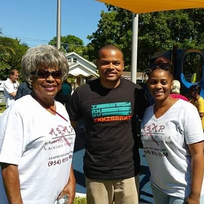 Team A.jpgS.jpgA.jpgP.jpg spreading sickle cell awareness at the Grand opening of Pullman Park with