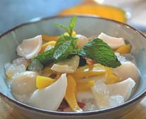 Agar de coco con frutas exóticas