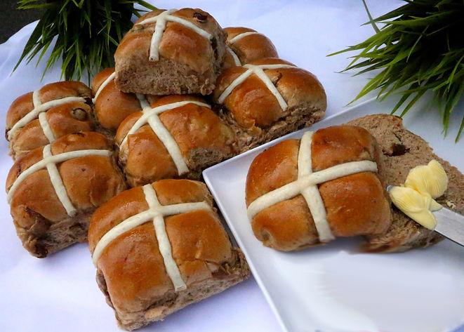 Hotcrossbuns Tanunda Bakery.jpg