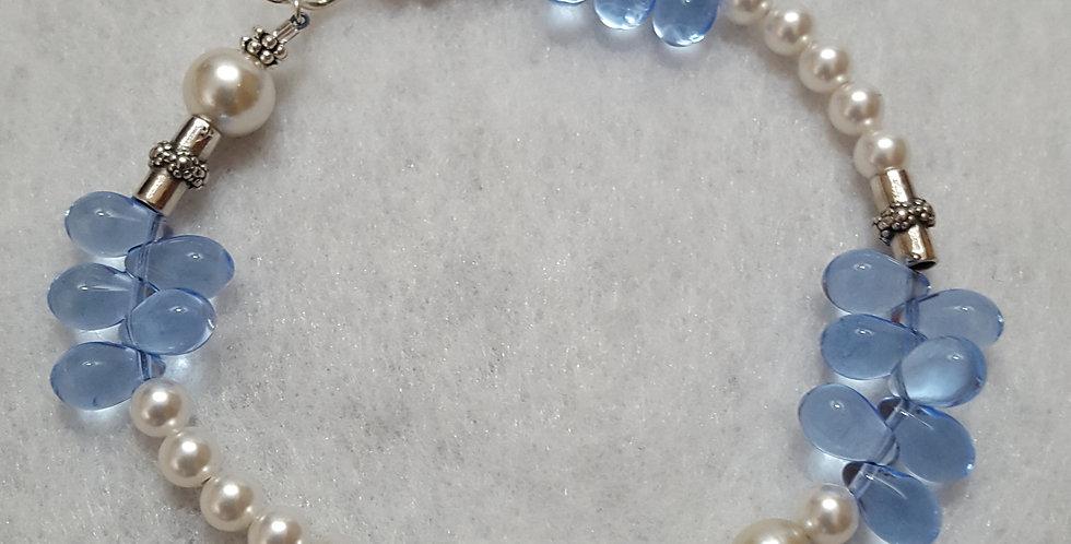 Cultured round white pearls, light blue teardrop bracelet