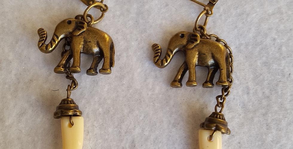 Brass elephants Earrings