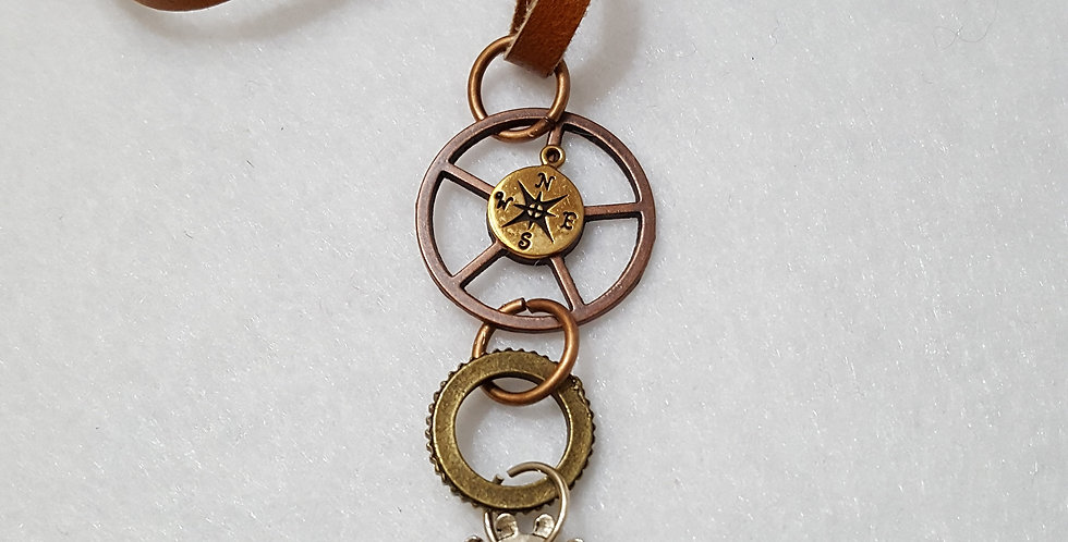 """""""Wheel"""" Cool Compass Necklace"""