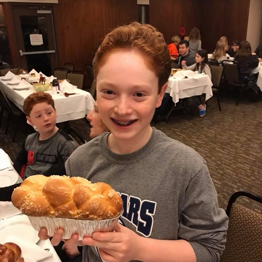 Shabbat Dinner (Friday Evening)