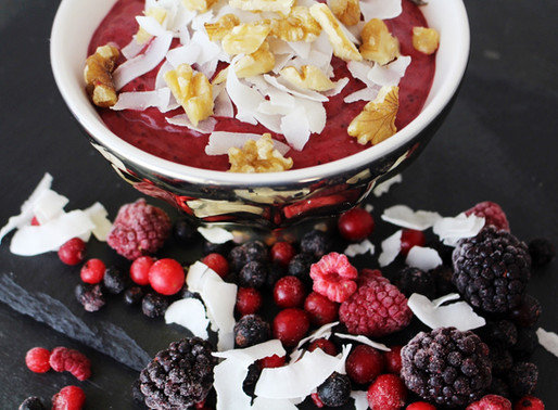 How to Create a Healthy Smoothie Bowl