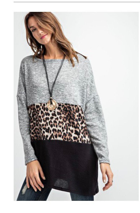 Soft Gray/leopard/black blouse
