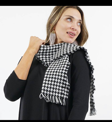Plaid black/white scarf