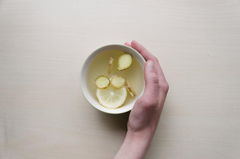 Gengibre, limão e chá de mel