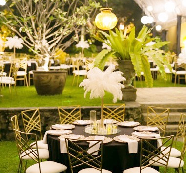 Go classic with a Gatsby themed celerbration