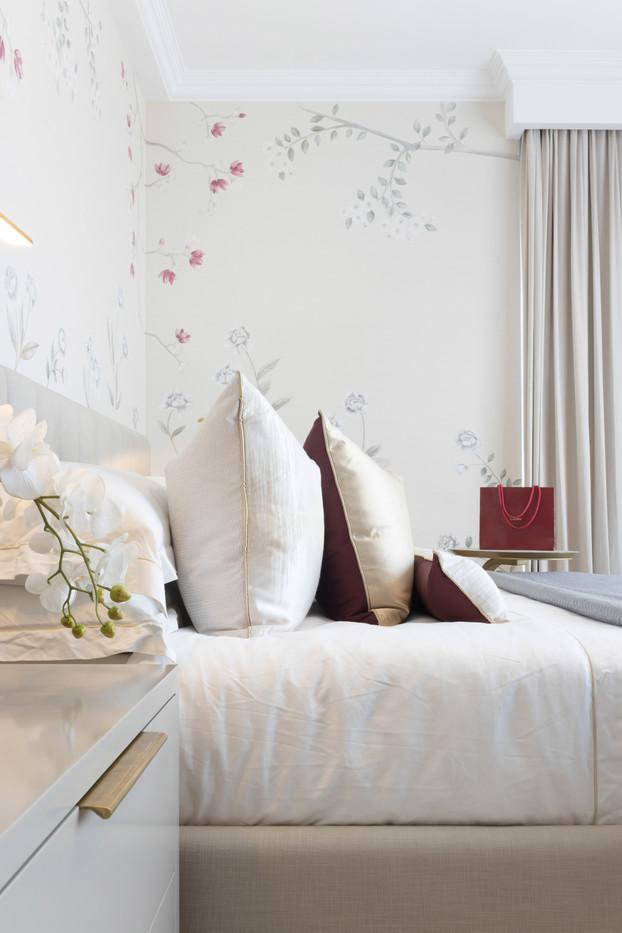 Master bedroom by Creative Heritage Inte