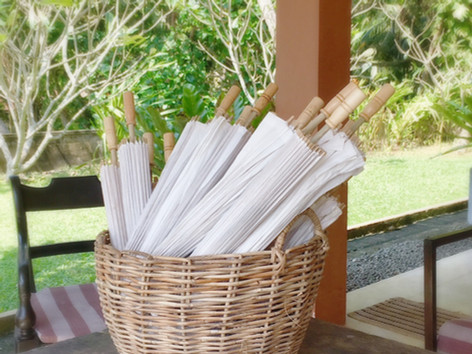Sunumbrellas for the outdoor ceremony