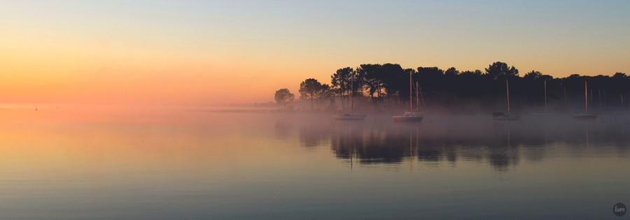 Piqueyrot dans la brume