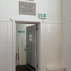 Right hand door