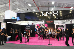 BeautyCon-NYC-NYX-Booth-700x467