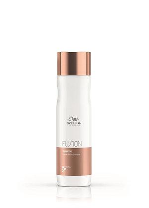Wella Fusion Intense Repair Shampoo (250ml)
