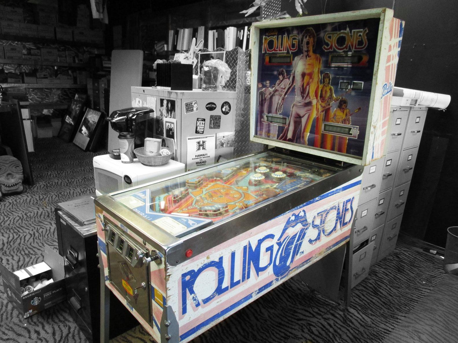 Pinball Machine $3000