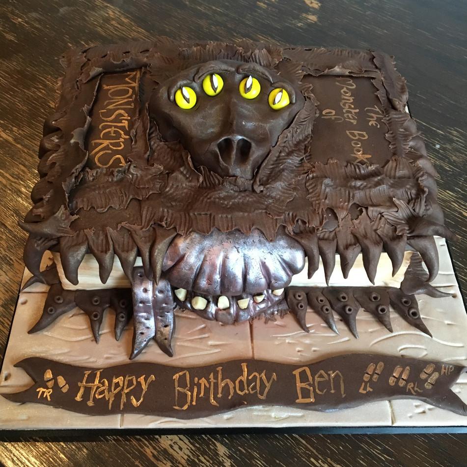 Harry Potter Birthday Cake.jpg