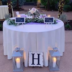 B & G Sweetheart table
