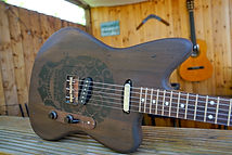 Barnwod Relic Telemaster Old wood guitar