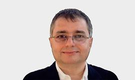 Vahram%2520Mouradian_edited_edited.jpg