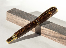 Fountain pen | Wenge, bloodwood, and maple