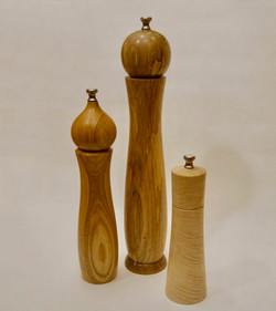 Pepper grinders | Assorted hardwoods