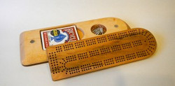 Cribbage board | Maple and walnut