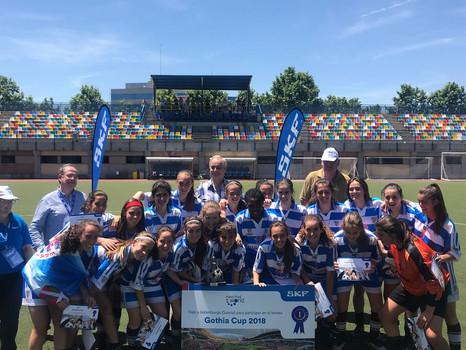 Un combinado Juvenil-Cadete del Bizkerre Femenino se proclama campeón del Torneo SKF de Alcobendas y