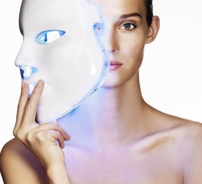 Фотодинамическая терапия. Новинка салона красоты «Эстет». Скидка 20% на абонемент по лицу.