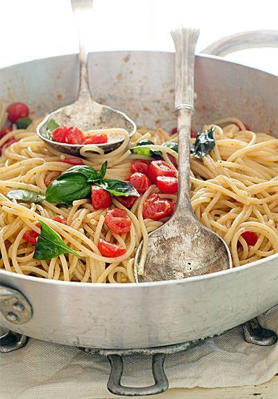 Spaghetti pachino and ricotta