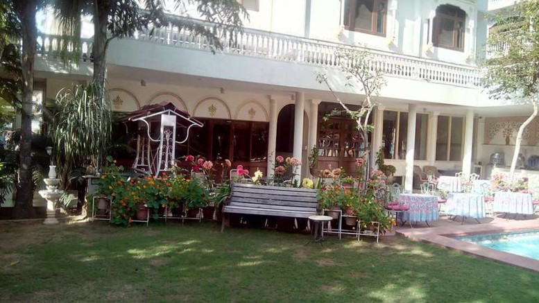 Facade_Hotel_Meghniwas_Jaipur_2_da1is0.j