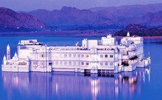 TAJ lake palace .jpg