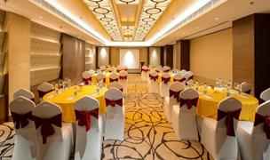 garnet hall Taj Resort.png