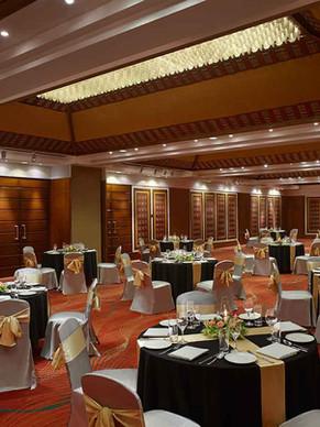 Banquet,3300sqft, 200-250pax, prewedding