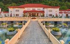 The Lalit Grand Palace Srinagar.jpeg