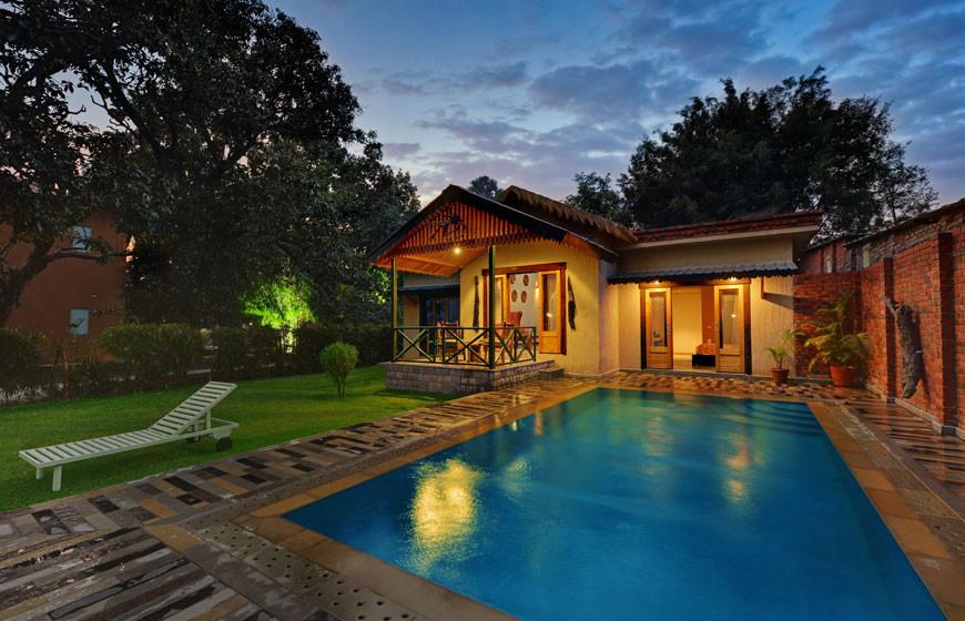 Pool_villa4.jpg