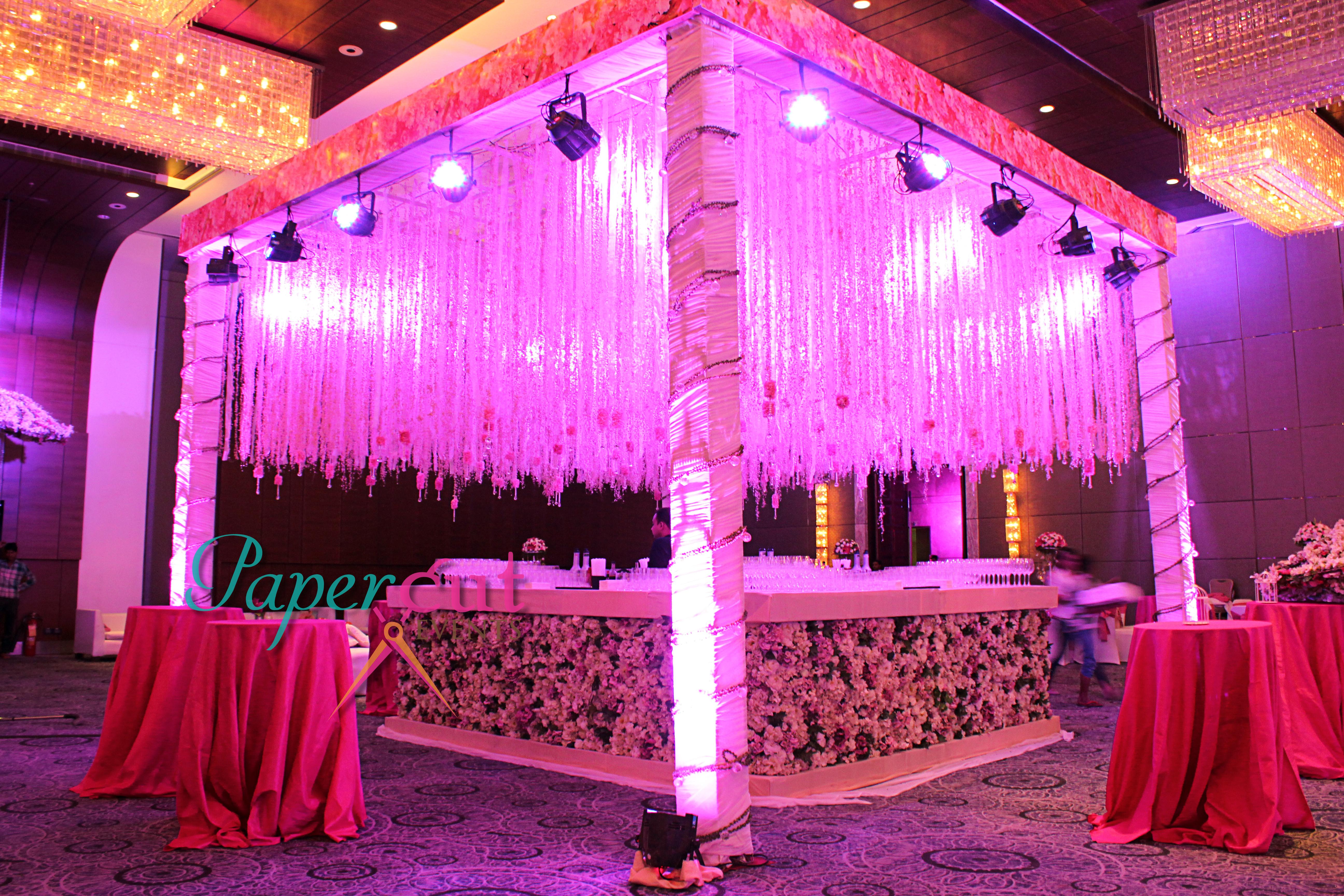 Bar Decor Marriott Agra
