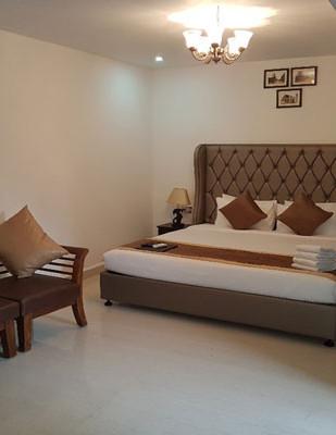 princetonvillasuite-bed2.jpg