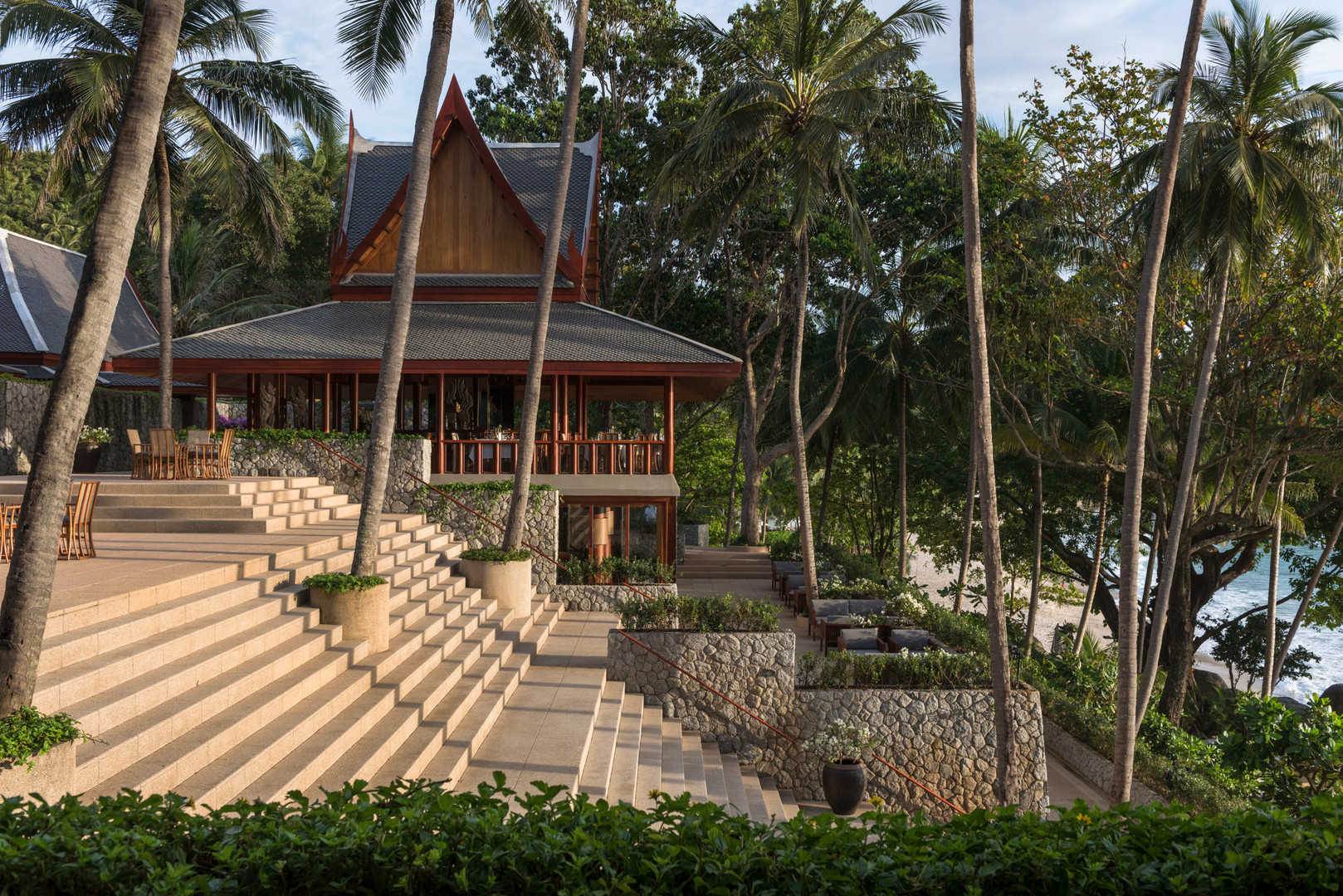 resort_steps_high_res_13019.jpg