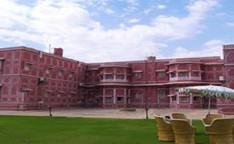Lal Mahal Palace.jpg
