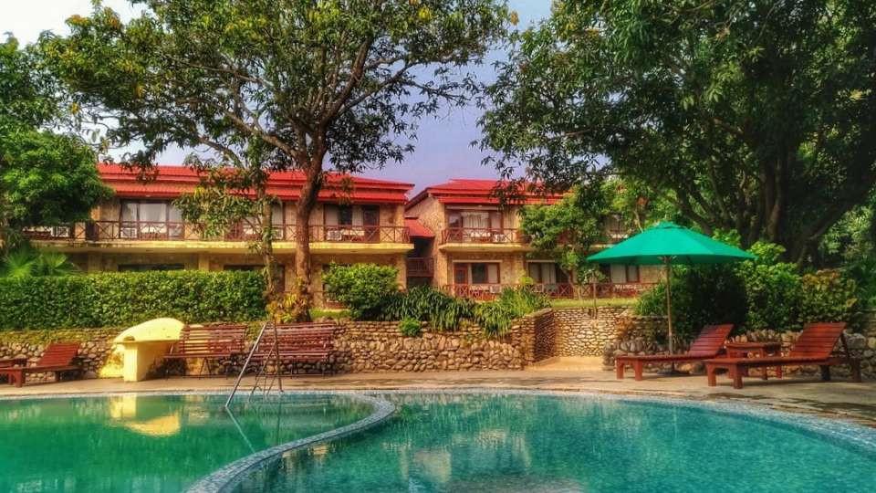 Swimming_Pool_at_Infinity_Resorts_Corbet