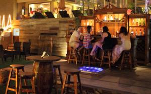 Salud-Bar_new-300x188.jpg
