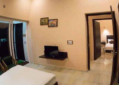 02-bedroom-view-400x284.jpg