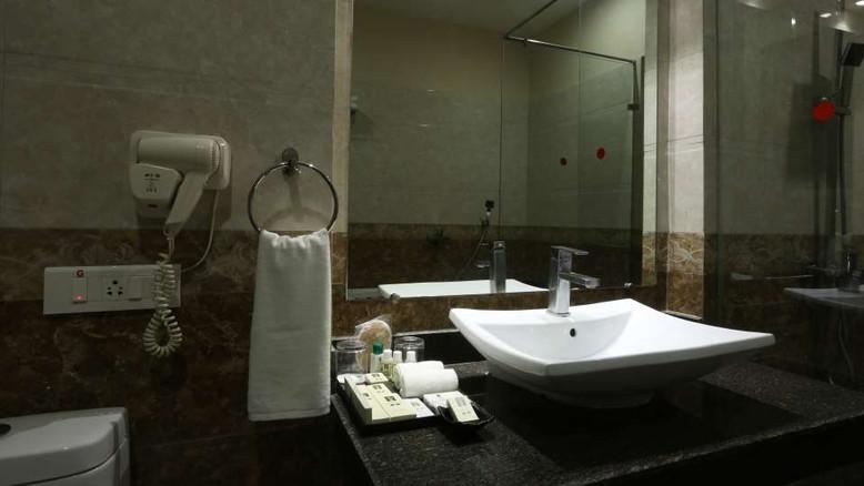 Washroom_Resort_de_Coracao_Corbett_6_gtj