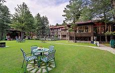 Welcome Hotel Pine & Peak .jpg
