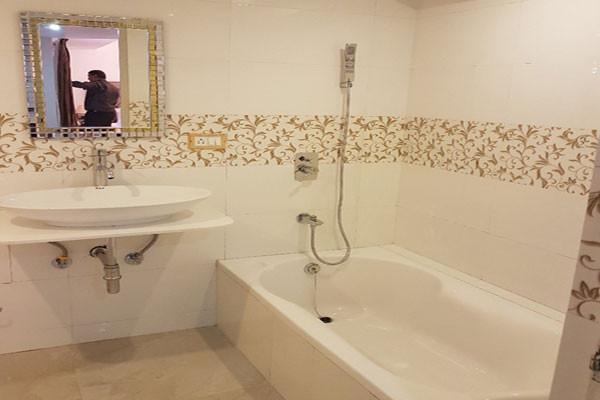 princetonvillasuite-bathroom.jpg