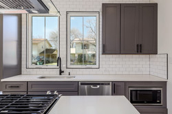 1919 Piedmont Ave Unit 2 011-SMALL.JPG
